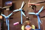「CES2019-在现场」ThinkPad惨遭虐待 奇特机械装置现身