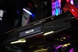 iGame RTX 2080 Vulcan系列新LCD显示屏