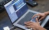 科技早报:感谢微软!新MacBook Pro跑分出色