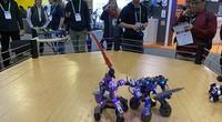 CES2020:机器人现场打架?ZOL小编实力解说
