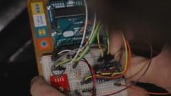 一分钟科技:DIY达人将汽车改装为PC鼠标
