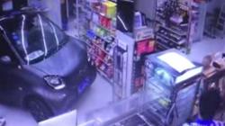 科技早报:司机开车冲进便利店只为买薯片