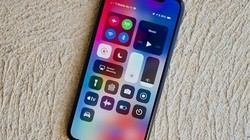 科技早报:苹果发布iOS 12新版 狂灭Bug!